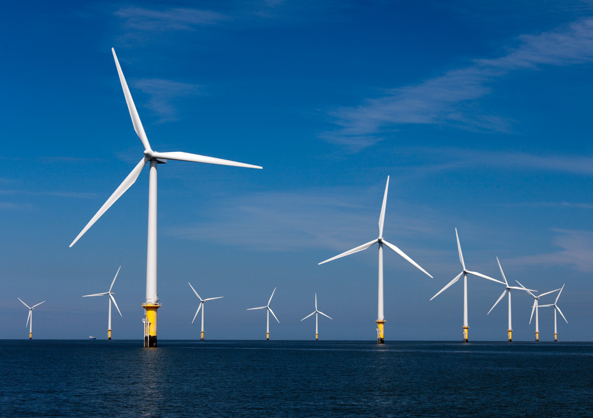 http://www.evwind.es/wp-content/uploads/2012/08/offshore-wind-turbines1.jpg