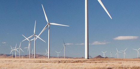 http://www.evwind.es/wp-content/uploads/2013/10/Vestas-wind-energy-e%C3%B3lica.jpg