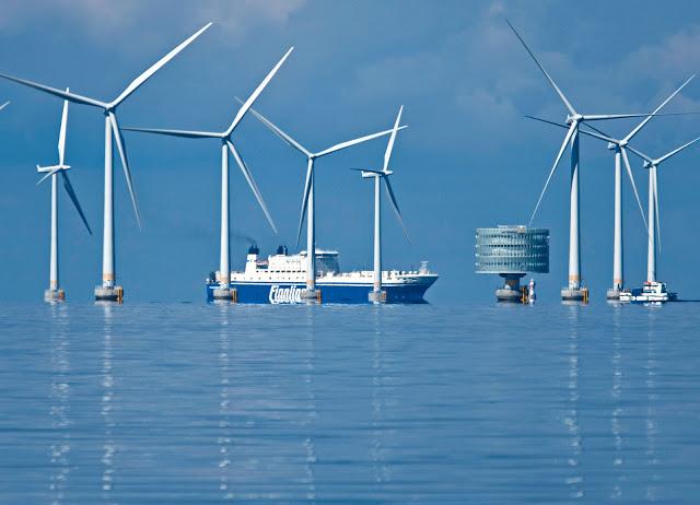 http://www.evwind.es/wp-content/uploads/2013/11/offshore-Siemens-wind-energy1.jpg
