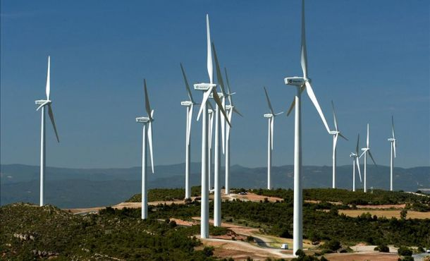 Cuba promotes wind power with Chinese wind turbines