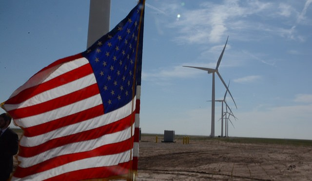 Americans rally to support wind power