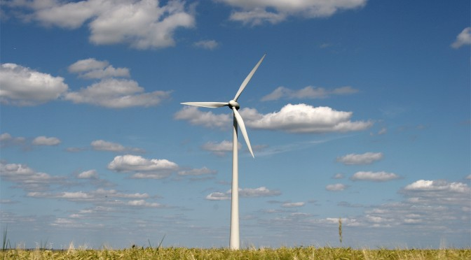 Iowa newspaper: 'Don't target wind power'
