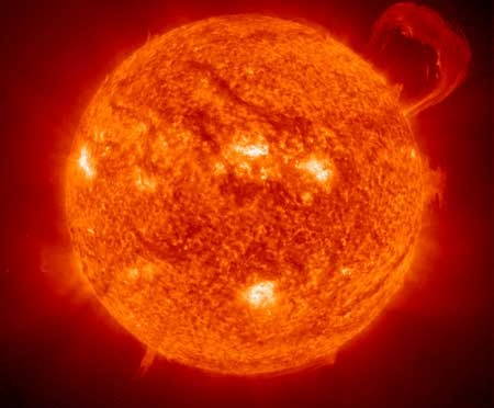NASA telescope observes how sun stores and releases energy