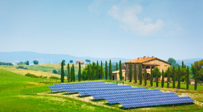1.022 GW of photovoltaics was installed in France in 2012