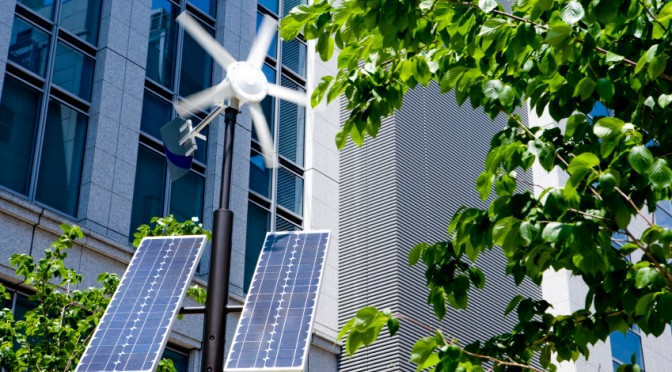 Smart grids and energy storage determine solar energy growth