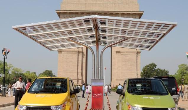 Mahindra launches electric vehicles e2o