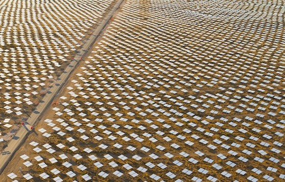 Ivanpah Concentrated Solar Power (CSP) Plant Delivers Electricity In First Grid Test