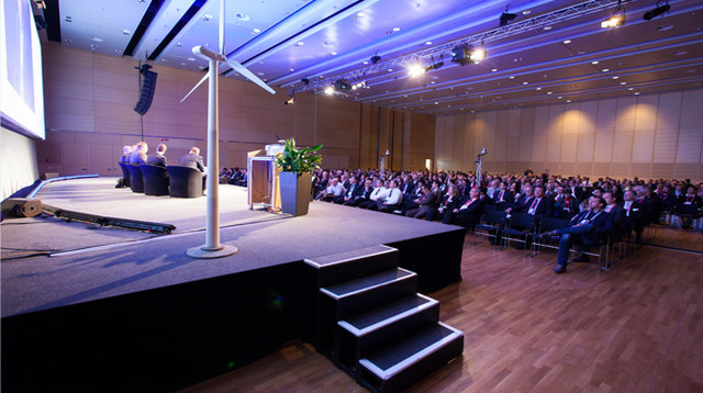 Submit an abstract for EWEA OFFSHORE 2013 and join the experts in Frankfurt