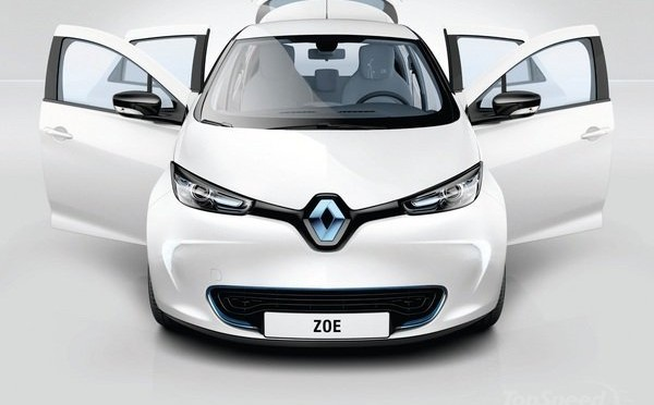 2100 Renault ZOE and Fluence Z.E. electric vehicles for UGAP