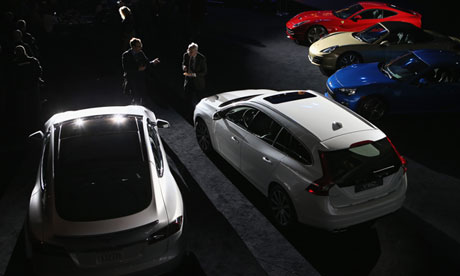 Electric vehicles: Tesla expects profits after strong demand for Model S