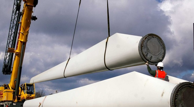 Pennsylvania Governor Corbett Tours Leading Wind Power Company
