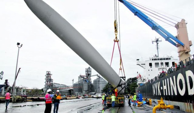Wind turbines arrives for Panama's first wind farm