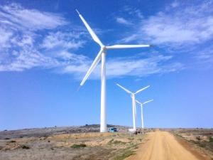 South Africa's Eskom powers up wind energy plant