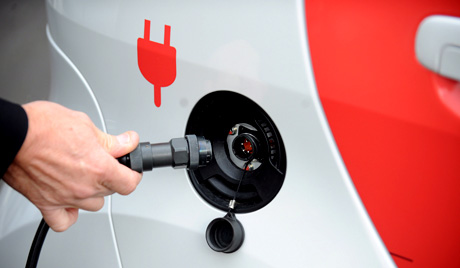 Japanese car makers to increase charging stations for electric vehicles