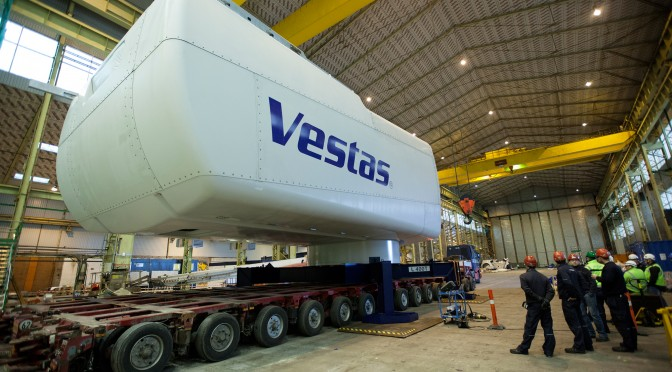 Wind turbines: First V164-8.0 MW nacelle completed