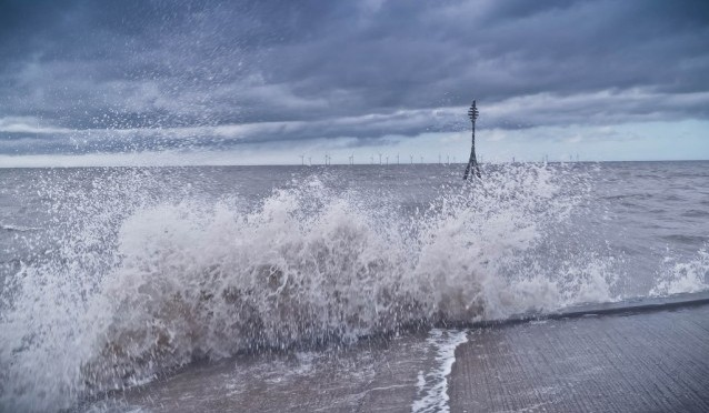Offshore wind power tame hurricanes