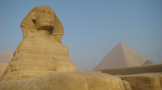 Egyptian government to invest $1 billion in solar energy projects