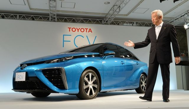 Toyota Motor Corporation today revealed the exterior design and Japan pricing of its hydrogen fuel-cell sedan