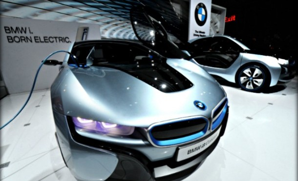 BMW i DC Fast Charger unveiled at Plug-In 2014