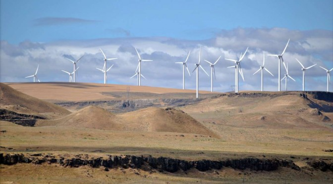 Iran signs German investment contract to launch wind farm using 30 wind turbines