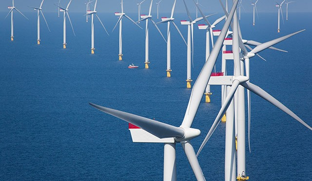 Offshore wind power in 2014: 408 new offshore wind turbines were fully grid connected, adding 1,483 MW
