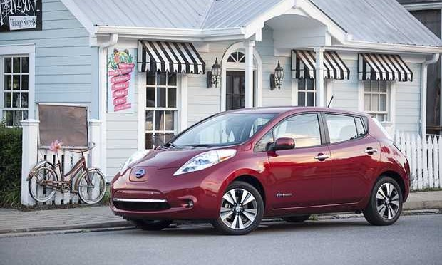 Nissan Celebrates 30,000 LEAF Sales in 2014, Best Year Ever for Sales of Any Plug-In Electric Vehicle