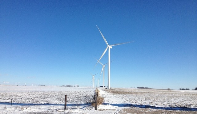 Iowa's wind energy paramount' to Apple's decision on new data centers