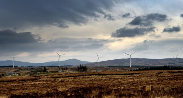 Wind power in Ireland: permission granted for 400 wind turbines
