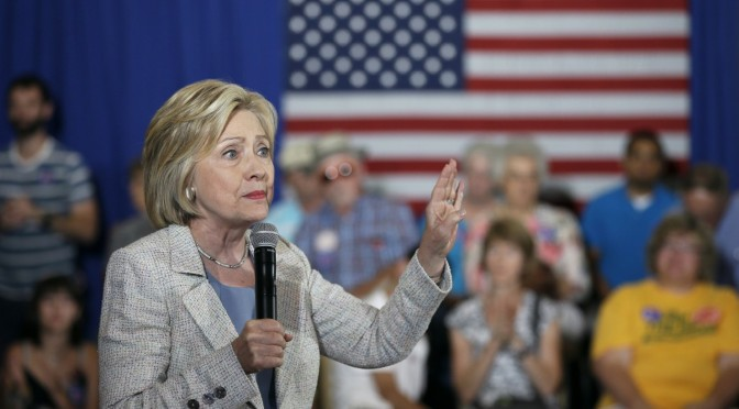 Hillary Clinton sets renewable energy goals to spur more wind energy, solar power