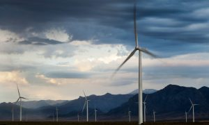 wind-power-keeps-american-manufacturing-humming
