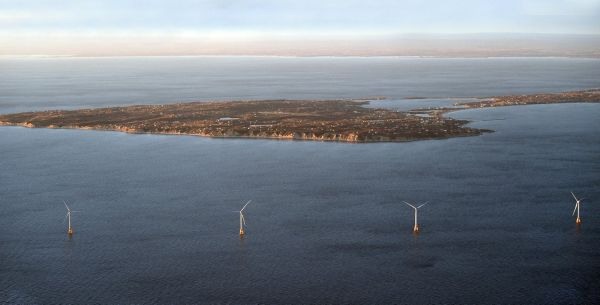 Block Island to start getting power from wind turbines