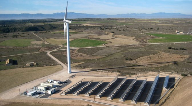 Siemens Gamesa tests redox flow battery at its La Plana test site in Spain