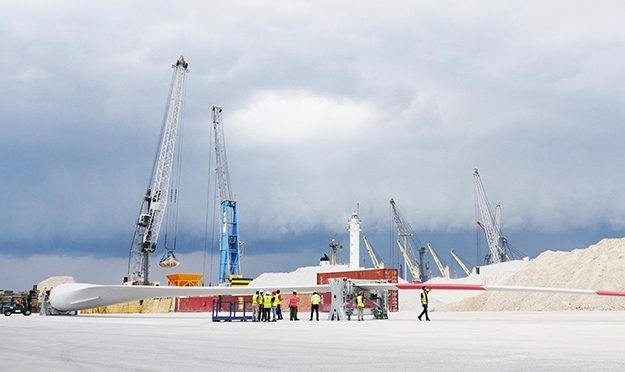 LM Wind Power has completed the first 73.5-metre blade for GE Haliade