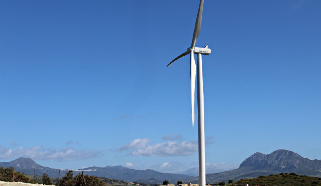 El Tesorillo Wind Farm, promoted by Naturgy, now has its first wind turbines