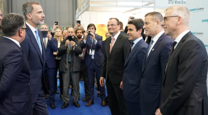 His Majesty King Felipe VI visits Siemens Gamesa booth at WindEurope
