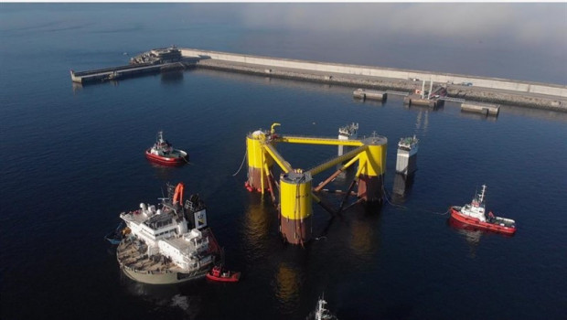 Windfloat Atlantic floating wind energy, participated by Repsol and EDP Renováveis, starts assembly of wind turbines