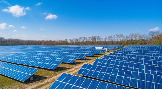 The photovoltaic solar energy capacity will exceed 8,000 GW by 2050
