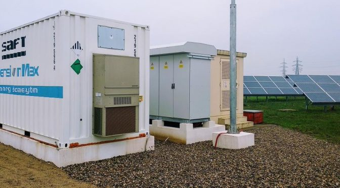 EDP Renewables installs a new energy storage system connected to a solar PV plant