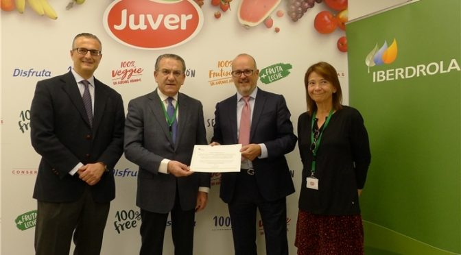 Juver chooses Iberdrola to manufacture all its juices with solar and wind energy energy