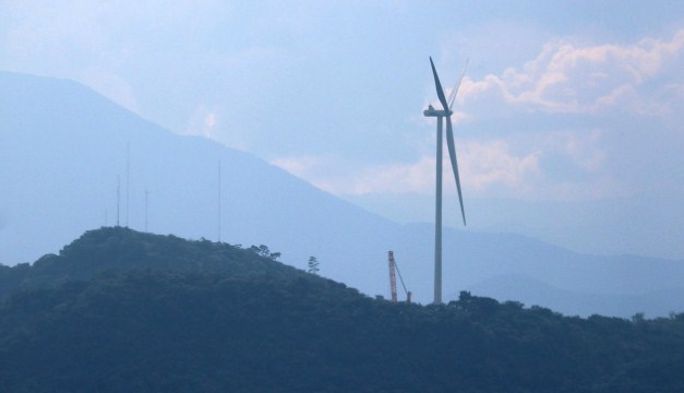Wind power in El Savador, Ventus installs the first wind turbine at the Metapán wind farm