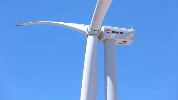 Repsol begins to generate electricity in the Aragón wind farm