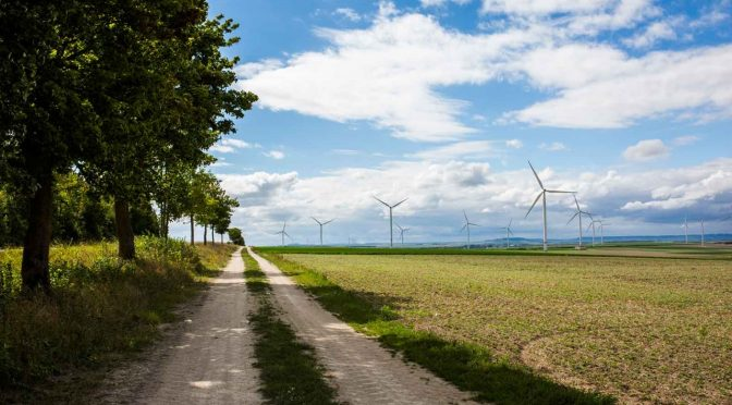 RWE expands its presence in wind power in France and Poland with four onshore wind farms